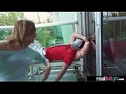 Робот трахает девку