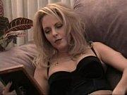 Секс видео на подоконнике