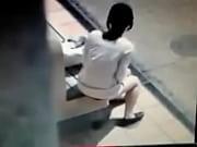 Порно папа застал дочку за мастубацией
