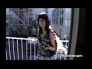 Видео порно ретро женщины в панталонах подвешены на цепях