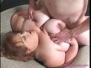 Сынок трахнул сваю мамашу в бане