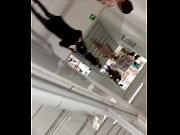 Голая женщина в позе лотоса видео