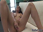 лесбиянки порно с сюжетом скромная