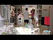 Как сын ебет мать на кухне русское видео