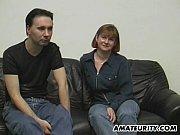 Смотреть порно ролик онлайн мать отдалась в первый раз сыну