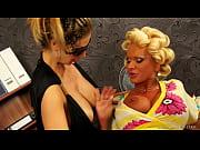 Порно с большой попкой и сиськами
