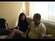 Смотреть видео девушка эксгибиционистка