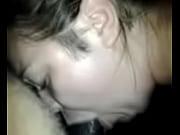 Мамочка соблазнила сврего сыночка к сексу