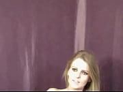 Девка писает в рот онлайн видео