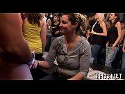 Показатьвидео ролик пособие как мужчина использует резиновую секс куклу фото 270-162