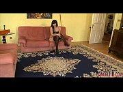Домашняя скрытая камера полная женщины