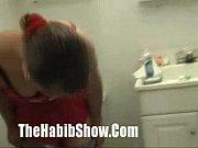 Девушка и юноша мастурбируют видео