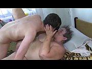 Порно с русским переводом мамочки