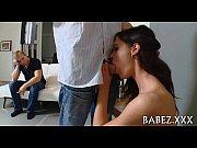 Порно сексуальная сестра соблазняет брата