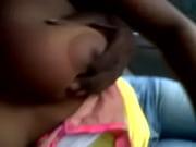 Девушка конает в рот парню