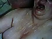 Порно мастурбация бутылкой лесби