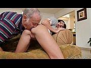 Порно с смуглыми сисястыми сучками