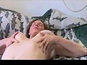 Порно видео мать спалила сына за дрочкой