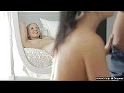 Порно девка орет от оргазма сперма течет из ее пизды