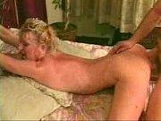Русское порно с миниатюрной юнной молодухой
