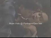 Секси зрелые мамки соблазняют видео
