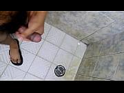 Зрелые брюнетки мастурбируют видео