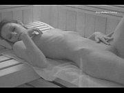 Красивое порно в хорошем качестве парень трахает трех телок