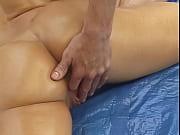 Сквирт зрелой во время массажа