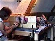 Фалоимитатор в волосатой пизде видео