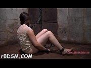 Медсестричка лезбиянка трахает подругу страпоном