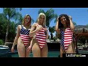 Девки с длинными ногами эро видео