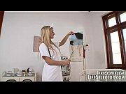 Русские девушки показывают письки по вебкамере