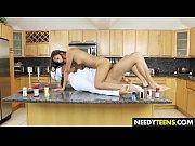 Негры с толстым хуем выебал молодую порно видео