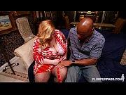 Дочка маме делает порно массаж видео