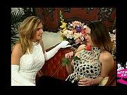 русская лесбиянка лижет пизду своей сестре