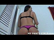Три девушки дают парню полизать порно