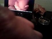 Бабуля показывает по вебке свои дырочки