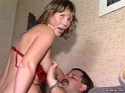 Секс с красивым служанкой