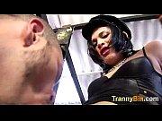 Госпожа наказала рабу электрошокам видео