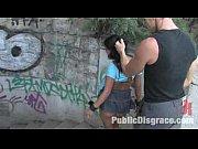vroča črna yasmin javnim ponižanjem in amp_ zajebal