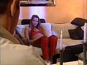 Порно девушка кончает сидя на лице
