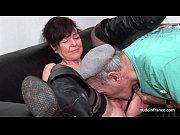 Отсосала своему дедушке
