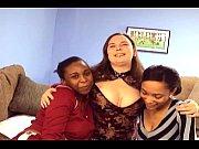 Порно в попу с тремя девушками