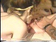 Видео сын трахнул мать в постели