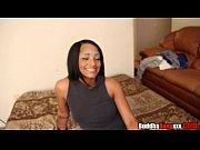 Видео розовый массаж про лесбиянок с вибратором