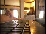 Смотреть онлайн порно выебали маму толпой
