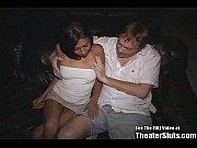 Смотреть порно молодой парень трахает зрелую женщину
