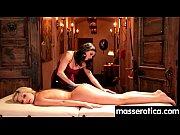 Смотреть видео две красивые девушки занимаются сексем