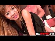 Порно видео зрелый женшины молодой