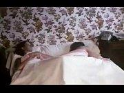 Порно засунул хуй спящей девушке